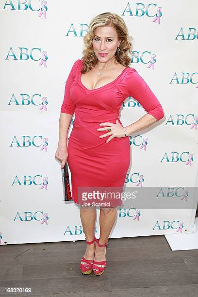 Lisa Ann Walter arrives at ABC's Mother's Day luncheon at Four Seasons hotel Los Angeles at Beverly Hills on May 8, 2013 in Beverly Hills, California.