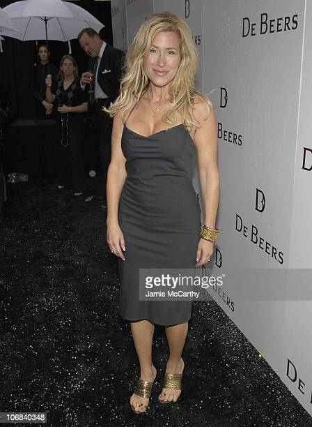 Lisa Ann Walter during De Beers LV Celebrates The Entry to The US with The Grand Opening of its First De Beers Store at De Beers Diamond Store in New...