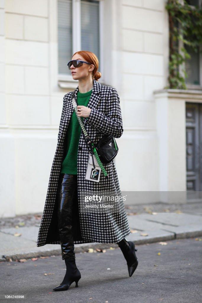 Street Style - Berlin - October 28, 2018 : News Photo