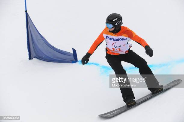 Lisa Bunschoten of the Netherlands competes in the Snowboard Women's Banked Slalome SBLL2 Run 1 on day seven of the PyeongChang 2018 Paralymp ic...