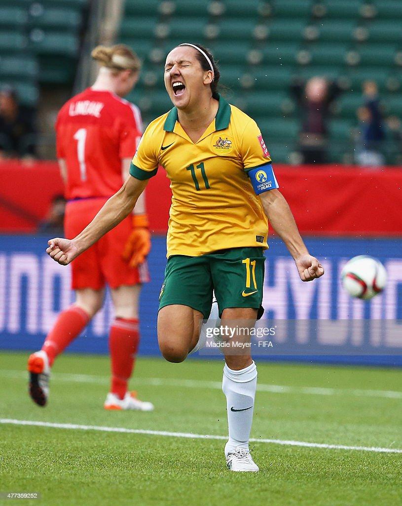 Australia v Sweden: Group D - FIFA Women's World Cup 2015