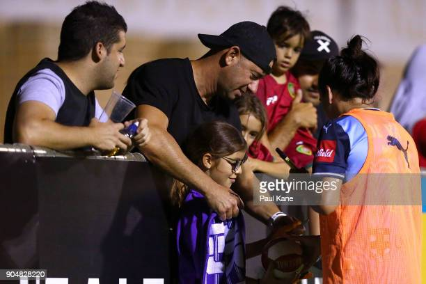 Lisa De Vanna of Sydney signs ajtographs for spectators during the round 11 WLeague match between the Perth Glory and Sydney FC at Dorrien Gardens on...