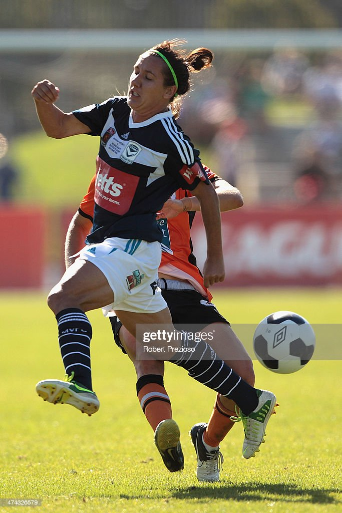 Lisa De Vanna of Victory and Brooke Spence of Roar contest the ball during the W-League Grand Final match between the Melbourne Victory and the Brisbane Roar at Lakeside Stadium on February 23, 2014 in Melbourne, Australia.