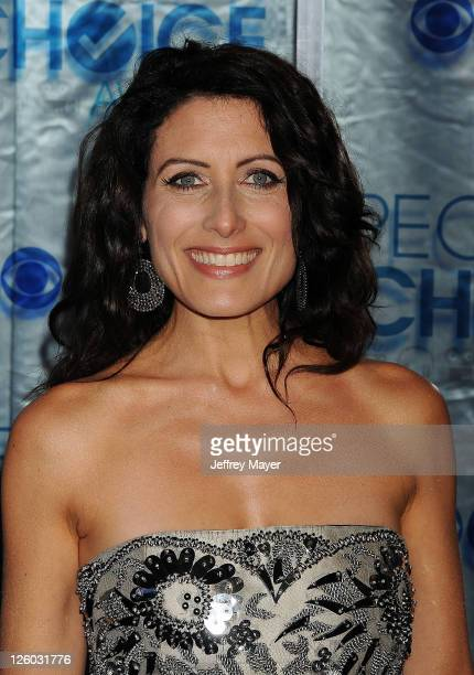 Lisa Edelstein arrives at the 2011 People's Choice Awards at Nokia Theatre LA Live on January 5 2011 in Los Angeles California