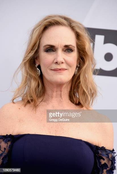 Lisa Emery attends the 25th Annual Screen ActorsGuild Awards at The Shrine Auditorium on January 27 2019 in Los Angeles California 480645