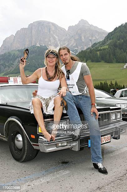 "Lisa Fitz And Peter Knirsch When ""big border traffic"" between Leogang Saalfelden And Alta Badia on 240606."