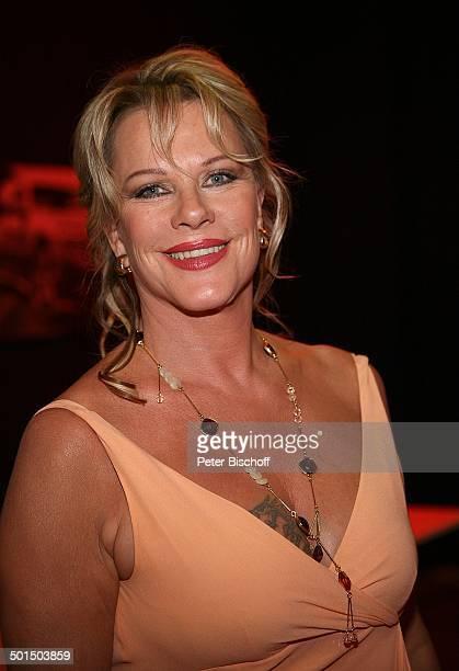 """Lisa Fitz , Porträt, RTL-Gala Verleihung 9. """"Deutscher Fernsehpreis"""", """"Coloneum"""", Köln, Nordrhein-Westfalen, Deutschland, Europa, Kette, Halskette,..."""
