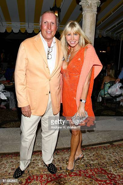 Lisa Gastineau and guest attend the Drinks Dinner and Disco Party the night before the wedding of Ivana Trump and Rossano Rubicondi at the MaraLago...