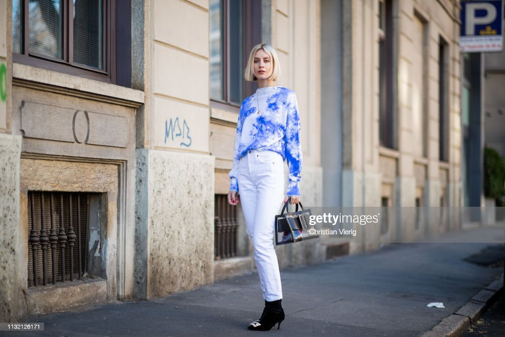 Street Style - Day 5: Milan Fashion Week Autumn/Winter 2019/20 : News Photo