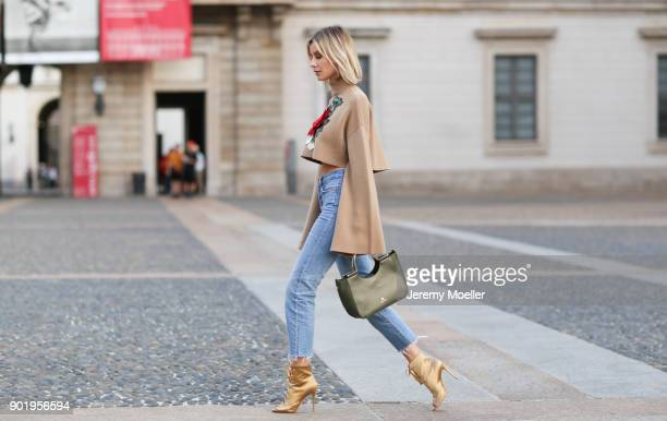 Lisa Hahnbueck wearing a Aigner bag and spotted on September 22 2017 in Milan