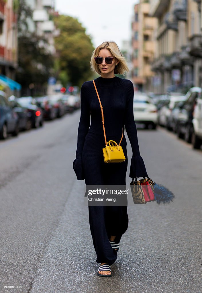 Street Style: September 21 - Milan Fashion Week Spring/Summer 2017 : News Photo
