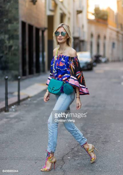 Lisa Hahnbueck wearing Hallhuber Maxi Coat Emilio Pucci printed silk blouse Levis 501 skinny jeans Aigner Pina bag with Aigner strap with rhinestones...