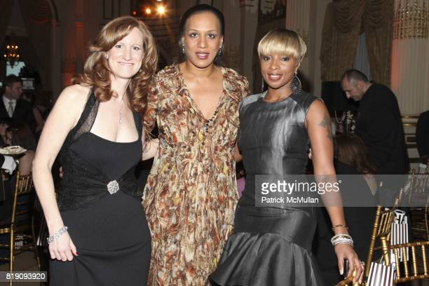 Lisa Hathaway Stella Gena Lovett and Mary J Blige attend 59th Annual New York Junior League Winter Ball at The Grand Ballroom on March 5 2011 in New...