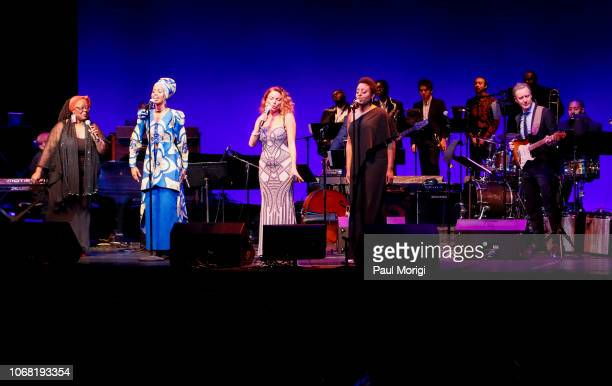Lisa Henry Jazzmeia Horn Roberta Gambarini and Ledisi perform during the 2018 Thelonious Monk Institute Of Jazz International Piano Competition at...