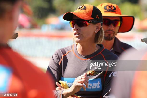 Lisa Keightley coach of the Scorchers addresses her players before the Women's Big Bash League match between the Perth Scorchers and the Melbourne...