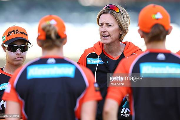 Lisa Keightley coach of the Scorchers addresss her players before start of play during the WBBL match between the Scorchers and Heat at WACA on...