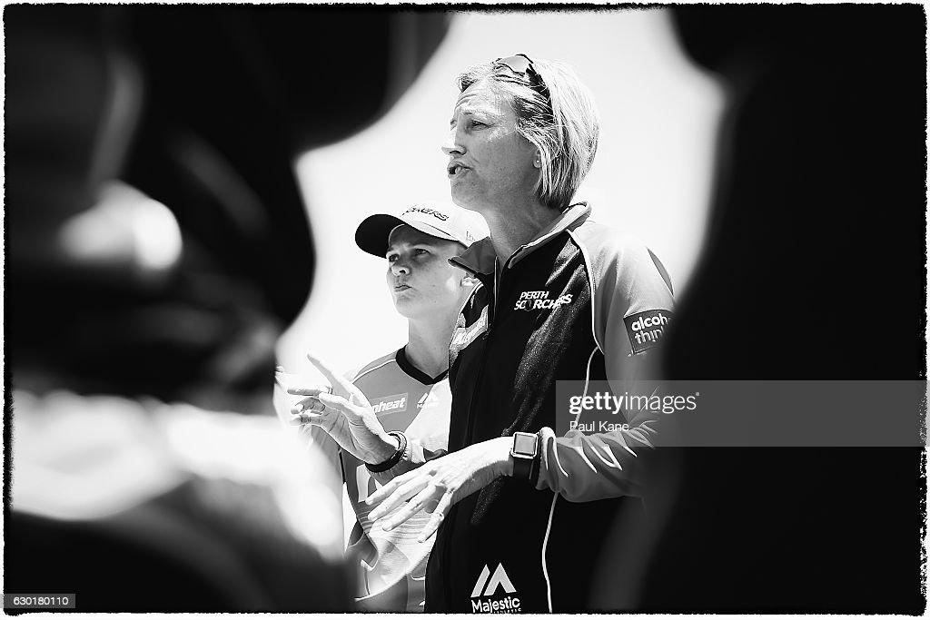 WBBL - Scorchers v Heat : News Photo