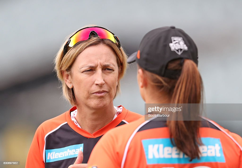 WBBL - Strikers v Scorchers