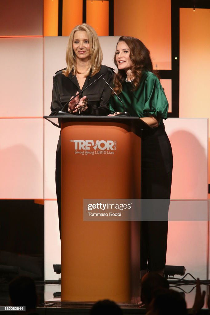 Lisa Kudrow (L) and Kristin Davis speak onstage during The Trevor Project's 2017 TrevorLIVE LA Gala at The Beverly Hilton Hotel on December 3, 2017 in Beverly Hills, California.
