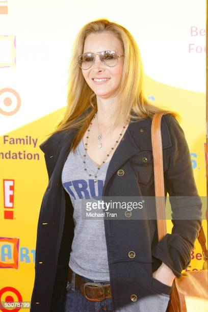 Lisa Kudrow arrives at the 2009 PS Arts ''Express Yourself'' Creative Arts fair held at Barker Hangar on November 15 2009 in Santa Monica California