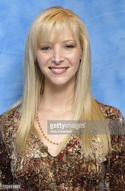 Lisa Kudrow during 'Analyze That' Press Conference with Robert De Niro Billy Crystal Lisa Kudrow Cathy MoriartyGentile and Harold Ramis at Essex...