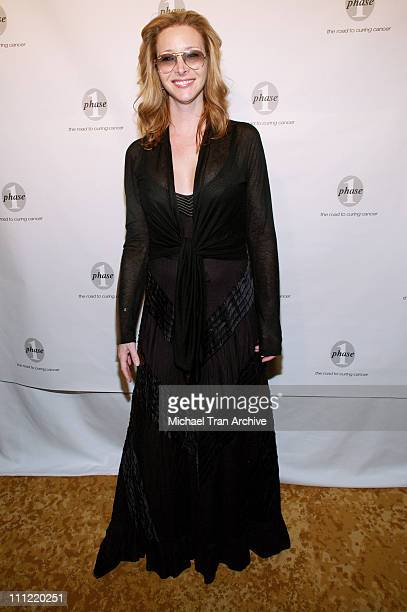 Lisa Kudrow during Phase One Celebrates Their 7th Annual Fundraiser for Cancer Research Arrivals at Regent Beverly Wilshire in Beverly Hills...