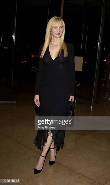 Lisa Kudrow during The Imagine Awards Benefiting InnerCity Arts at Beverly Hilton Hotel in Bevery Hills California United States