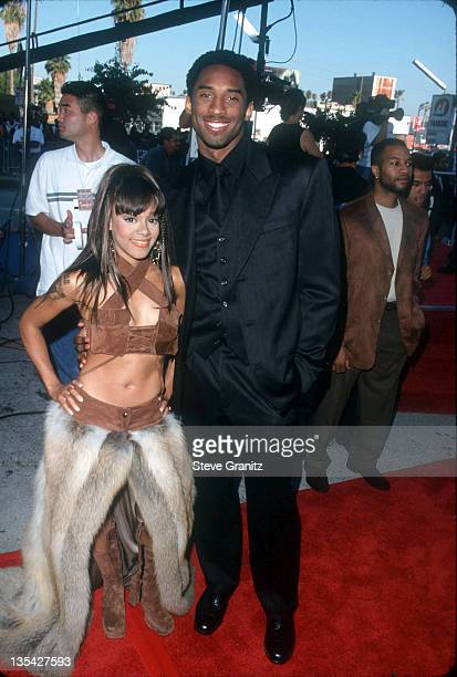 Lisa Left Eye Lopes and Kobe Bryant at the 1999 Source Hip Hop Awards at the Pantages Theater August 18 1999 Lopes was killed in a car crash in the...