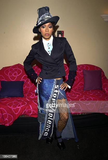 Lisa Left Eye Lopes backstage at MTV20 Live and Almost Legal on August 1 2001 Lopes was killed in a car crash in the Honduras April 25 2002