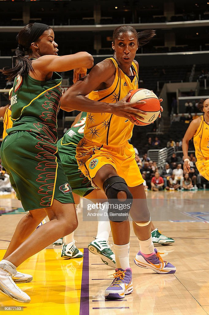 Seattle Storm v Los Angeles Sparks, Game 1 : News Photo