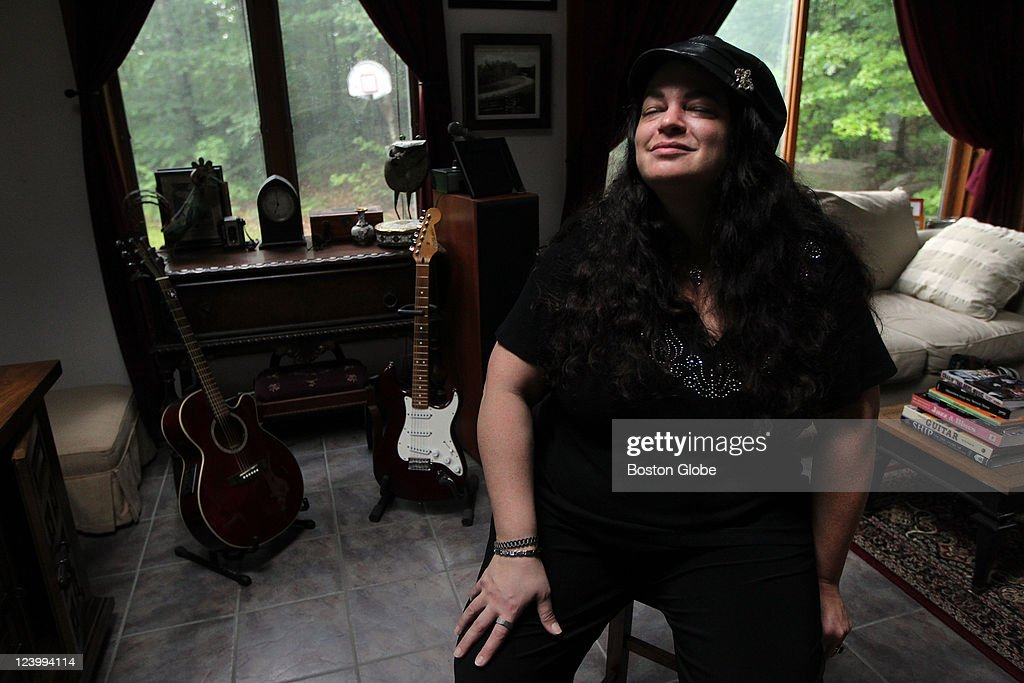 Lisa Marie A Blues Singer Photographed At Her Home