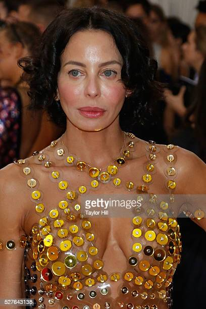 Lisa Marie Falcone attends Manus x Machina Fashion in an Age of Technology the 2016 Costume Institute Gala at the Metropolitan Museum of Art on May...