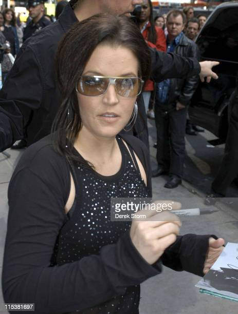 Lisa Marie Presley during Lisa Marie Presley Performs on Good Morning America May 17 2005 at ABC Studios in New York City New York United States