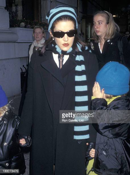 Lisa Marie Presley on December 20 1996 departs the Plaza Hotel in New York City