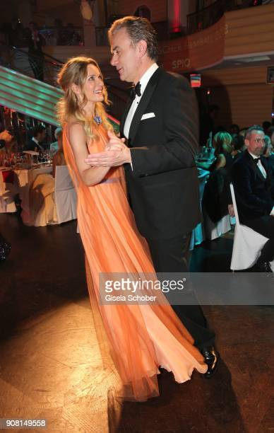 Lisa Martinek and her husband Giulio Ricciarelli dance during the German Film Ball 2018 party at Hotel Bayerischer Hof on January 20 2018 in Munich...