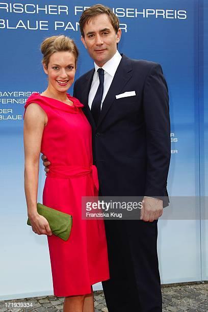 Lisa Martinek Und Ehemann Giulio Ricciarelli Bei Der Verleihung Des Bayerischen Fernsehpreis Im Prinzregententheater In München