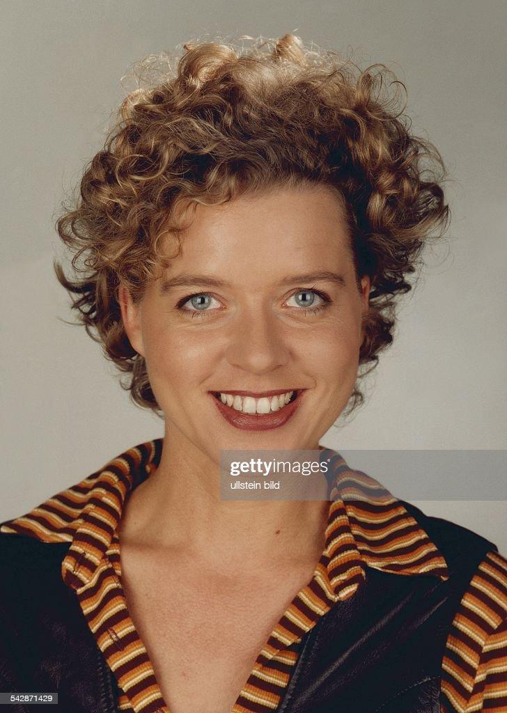 Lisa Ortgies, Moderatorin. Aufgenommen 1996. News Photo