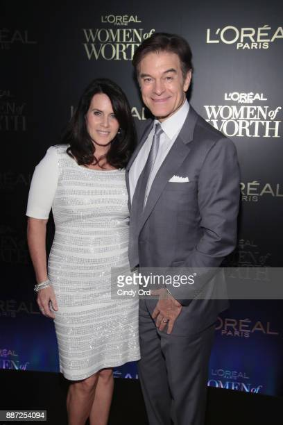 Lisa Oz and Dr Mehmet Oz attends the L'Oreal Paris Women of Worth Celebration 2017 on December 6 2017 in New York City