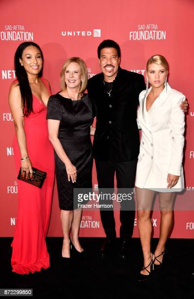 Lisa Parigi SAGAFTRA Foundation President JoBeth Williams honoree Lionel Richie and Sofia Richie attend the SAGAFTRA Foundation Patron of the Artists...