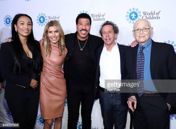 Lisa Parigi Veronica Grazer Lionel Richie Brian Grazer and Norman Lear attend the 2018 World of Children Hero Awards Benefit at Montage Beverly Hills...