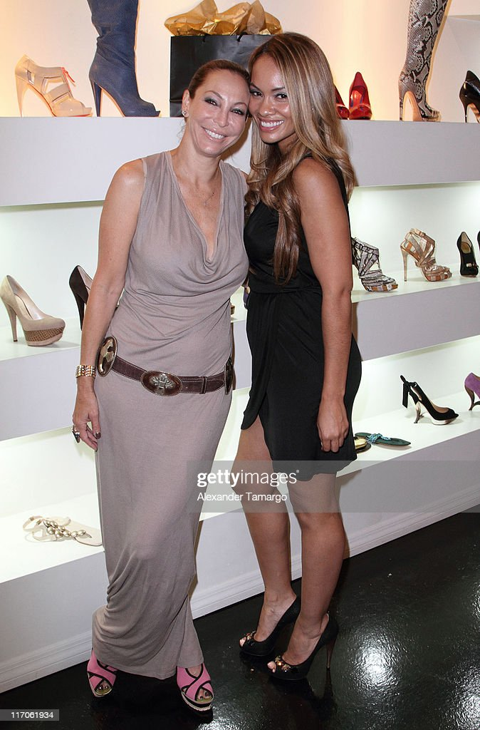 Lisa Pliner and Evelyn Lozada are seen at Dulce Shoe Boutique on May 6, 2010 in Coral Gables, Florida.