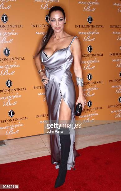 Lisa Pliner attends 15th Annual InterContinental Miami MakeAWish Ball on November 7 2009 in Miami Florida
