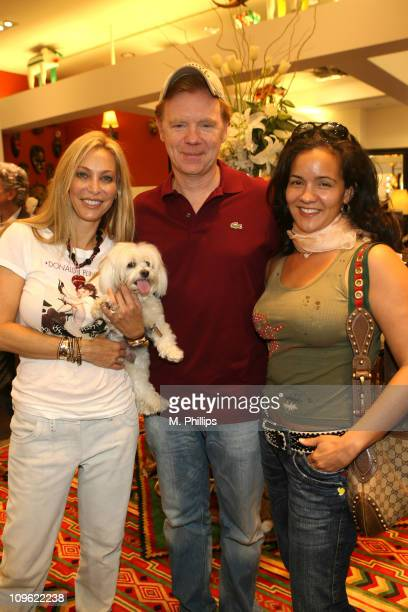 Lisa Pliner David Caruso and Liza Marquez during Donald J Pliner Instore To Benefit Cure Autism Now in Los Angeles California United States