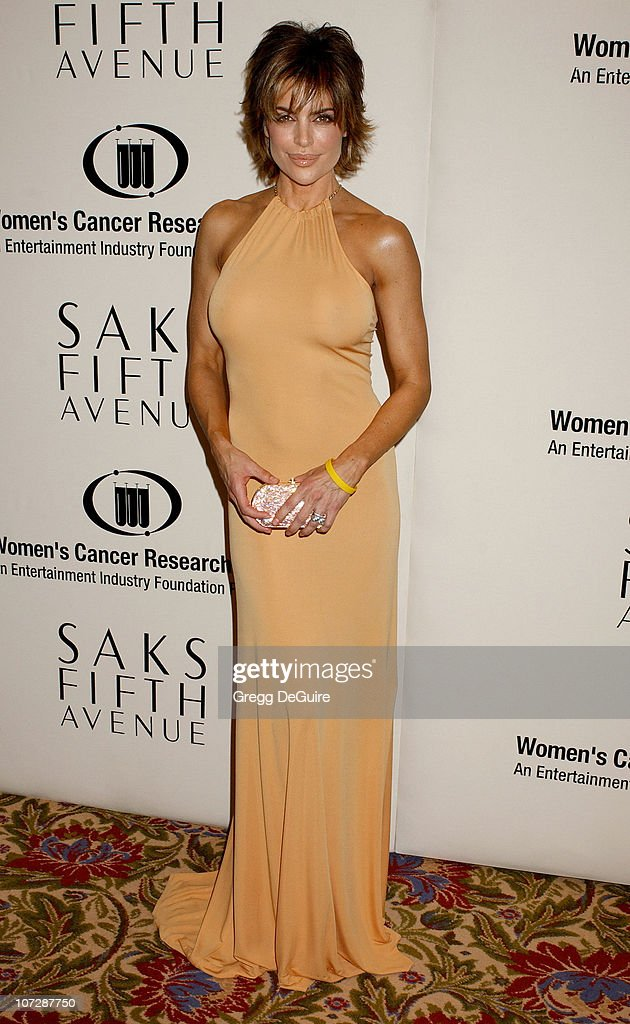 Saks Fifth Avenue's Unforgettable Evening Benefiting Women's Cancer Research