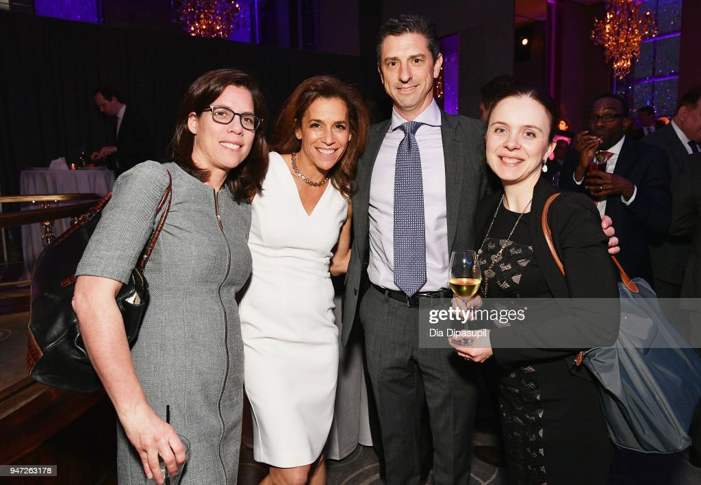 Lisa Schweitzer, Sandy Oss, David Oss and Jane Bedlair attend the Lincoln Center Alternative Investment Industry Gala on April 16, 2018 at The Rainbow Room in New York City.