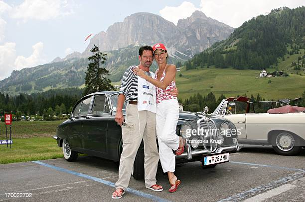 Lisa Seitz And Max Tidof When big border traffic between Leogang Saalfelden And Alta Badia on 240606