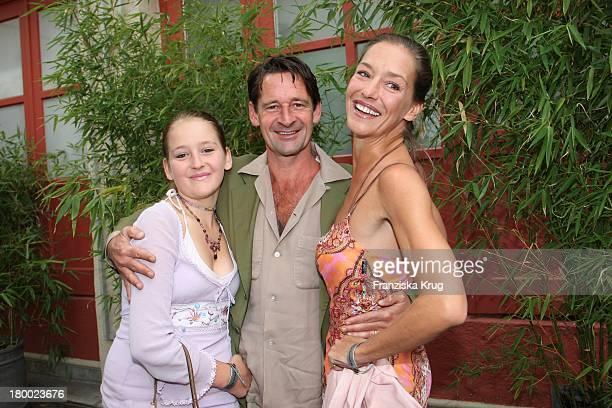 Lisa Seitz Und Ehemann Max Tidof Und Tochter Luzy Beim Bavaria Empfang Im Künstlerhaus Beim Filmfest München