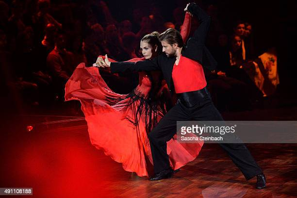 Siste 60 Top Paso Doble Pictures, Photos, & Images - Getty Images XX-83