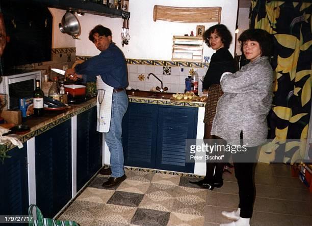 Lisa Wellenbrink mit Ehemann Egon undeiner Freundin 3 Tage vor der Geburt vonTochter Clarissa am 13 Februar 1996