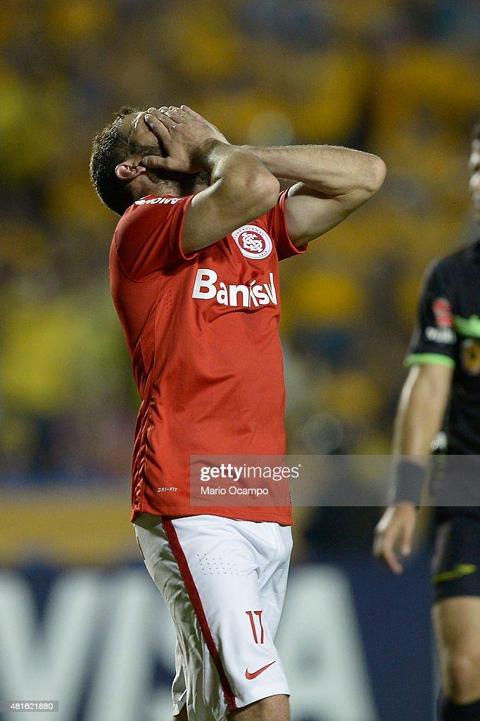 Tigres v Internacional - Copa Bridgestone Libertadores 2015